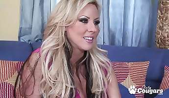 Horny cougar Carolyn Reese gets her pussy fucked deep by huge cock